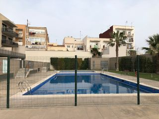 Appartement à Carrer marina, 59. ¡con piscina com.+ cochera+pk!