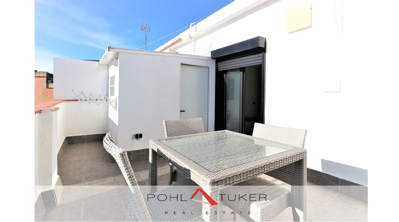 Rent Penthouse  Carrer sant just. Recien reformado