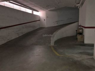 Aparcament cotxe en Centre. Parking en venta