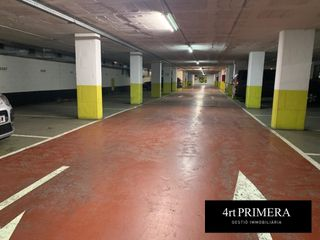 Parking coche  Carrer francisco de quevedo. , aparcament al centre,