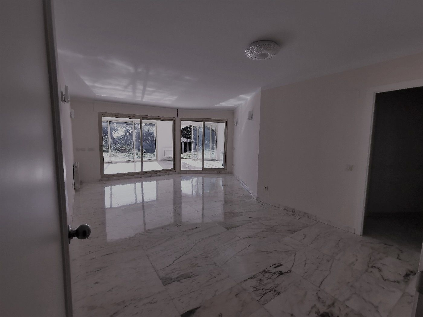 Flat in Carrer doctor fleming, 2. Piscina privada, garaje, vistas
