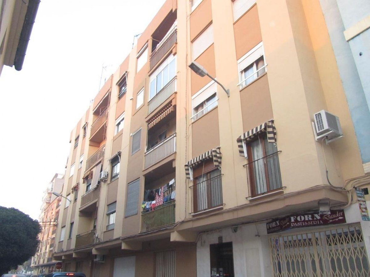 Appartamento in Calle ausias march, (d´), 1. Inmueble de banco