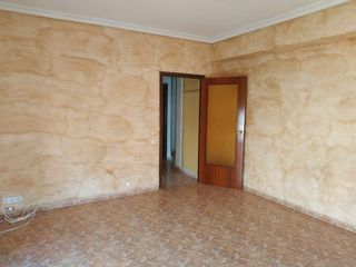Appartement à Calle rvdo. fco. paus., 3. Inmueble de banco