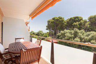 Appartement Carrer Castell De Tona, 19. Parking 17m2 salle de stockage piscines