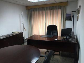 Office space en Calle obispo jaime perez, 14. Oficinas equipadas en alquiler
