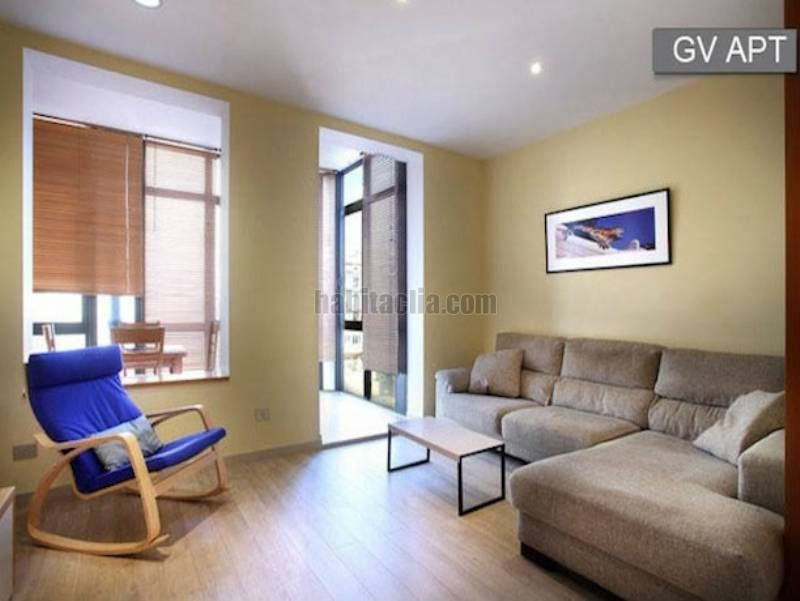 Saisonmiete Appartement in Gran via corts catalanes, 539. Apartment catalunya square
