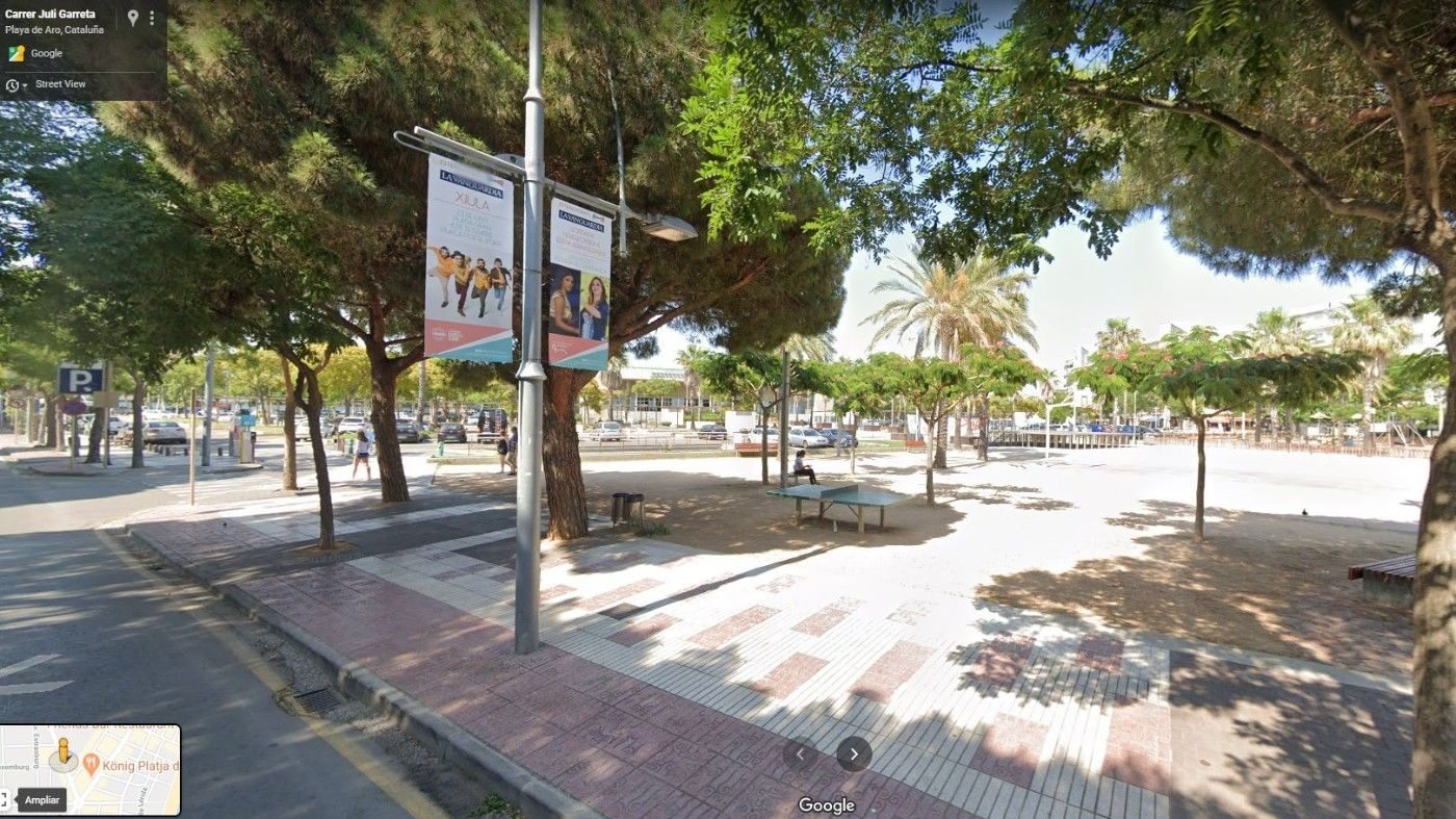 Locale commerciale  Plaza europa. Local en funcionamiento
