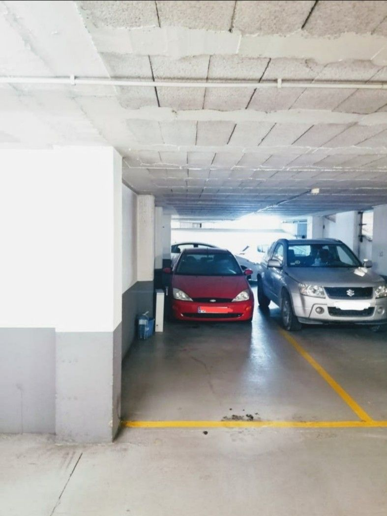 Parking coche en Carrer industria, 52. Doble plaza parking en vic
