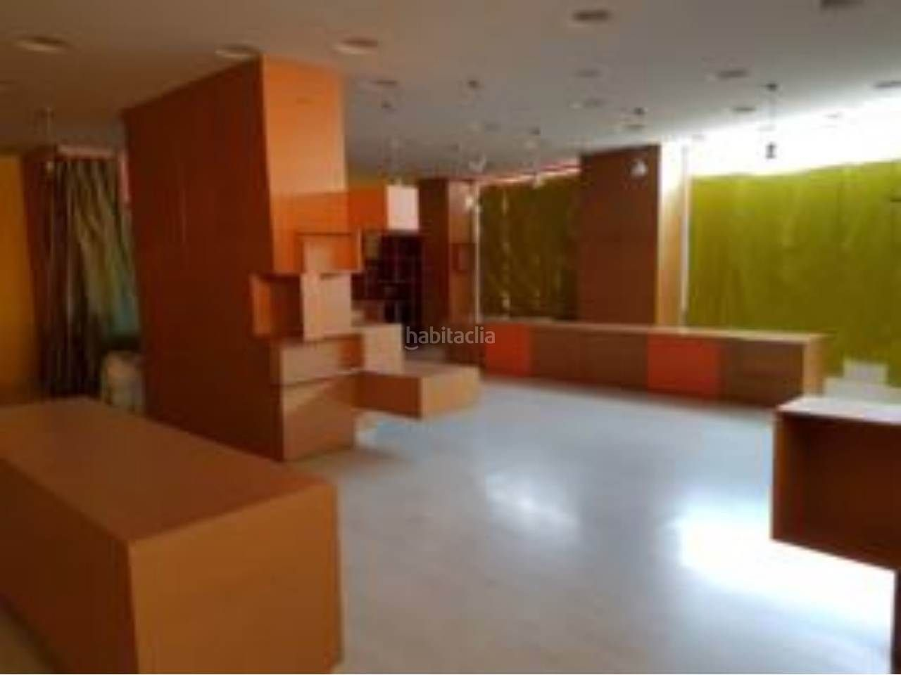 Local Comercial en Tona. Local comercial en alquiler