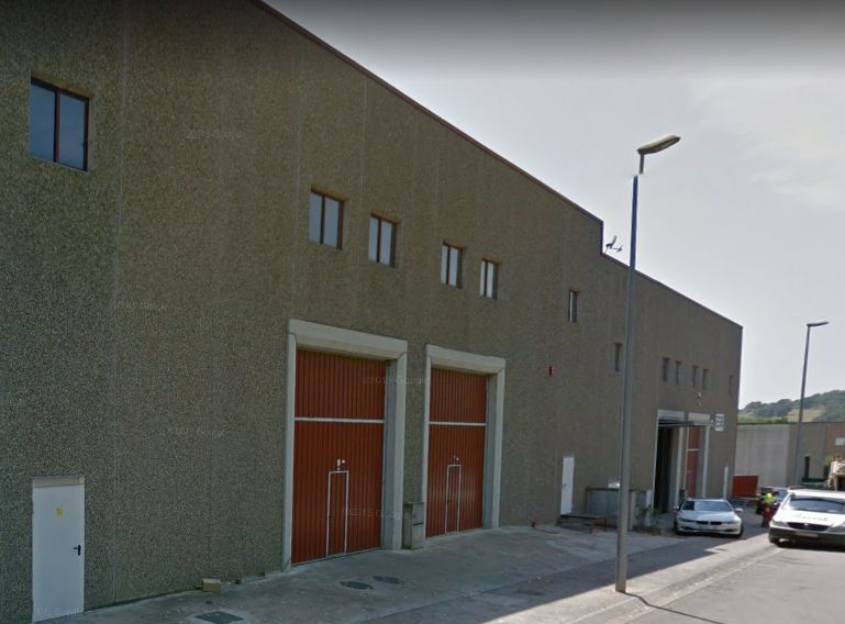 Rent Industrial building  Carrer p
