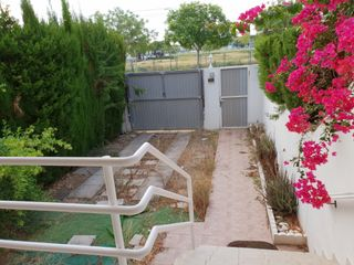 Semi detached house in Avenida europa (d´), 26. Adosado gandia-grao