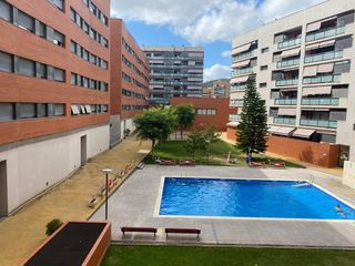 Location Appartement à Carrer eslida, 9. Piso con piscina comunitaria
