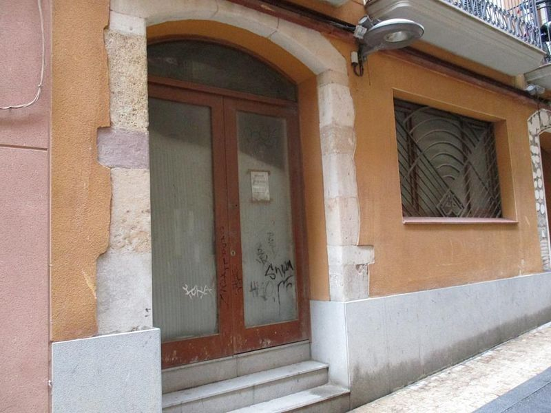 Local Comercial en Carrer esglesia de l´, 10. Valls. local aprox. 65m2