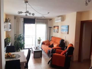 Apartamento  Carrer moragas i barret. Piso,parking y trastero