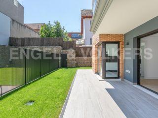 Appartamento  Centre. Exclusivo con gran jardin y pk