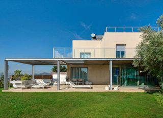 Casa en La Miranda. Con espectaculares vistas