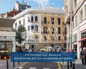 Traspaso Local Comercial  Sant gervasi. Centro quiromasaje y estética