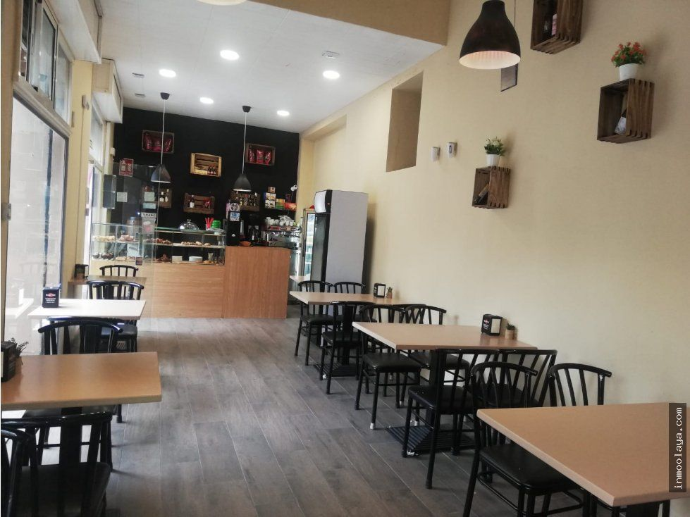Restaurant  Sants. Venta de local más licencia