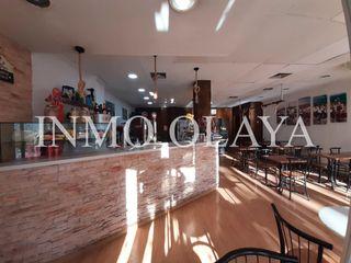 Transfer Business premise  Sant andreu. Panadería cafetería con obrador