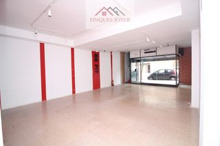 Location Local commercial  Eixample. Oportunidad local en alquiler!!!