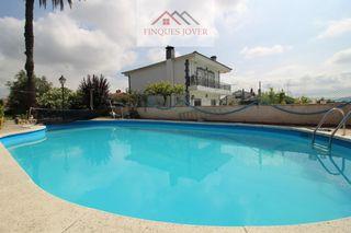Haus  Can prat. Casa a 4 vientos con piscina!!!