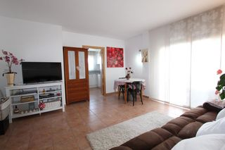 Apartment  Carrer baix emporda. Gran ocasión! impecable