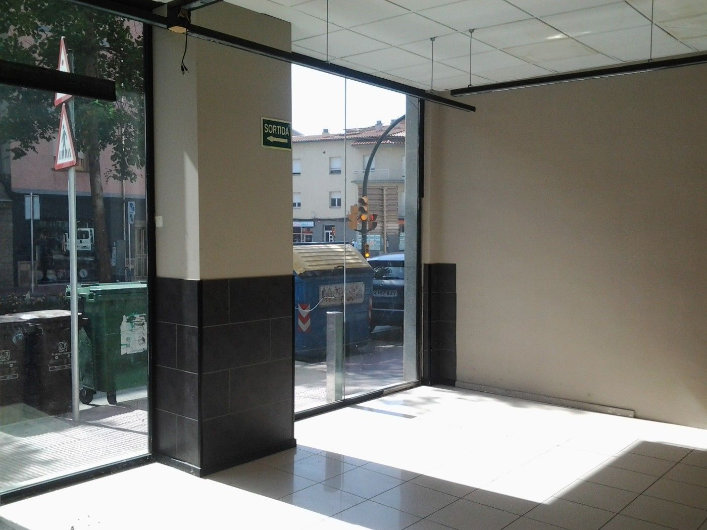 Location Local commercial à Avinguda roma, 114. Oportunidad