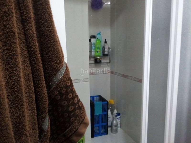 Baño completo con ducha. Duplex with heating parking pool in Nou Vendrell Vendrell (El)