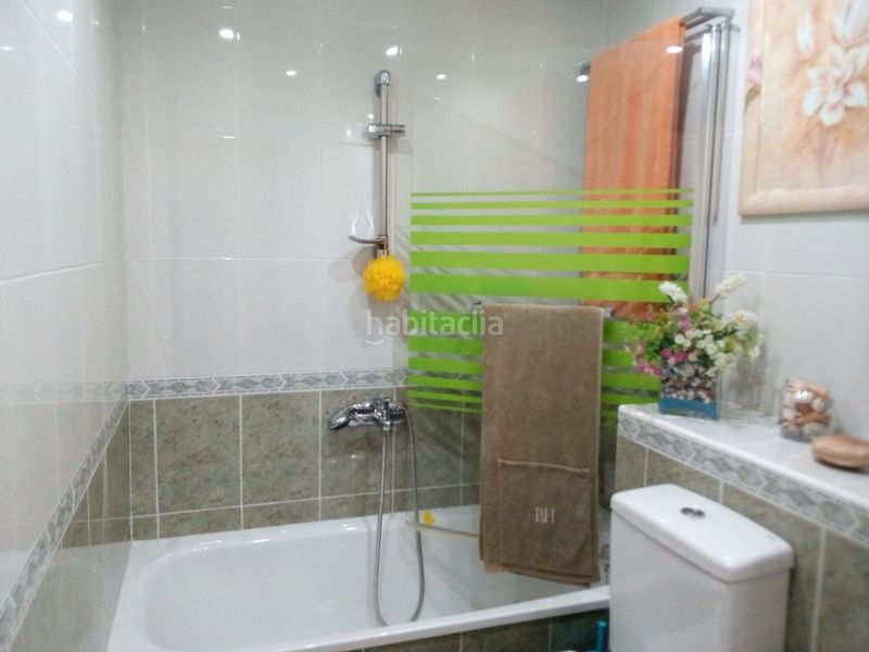 Baño. Duplex with heating parking pool in Nou Vendrell Vendrell (El)