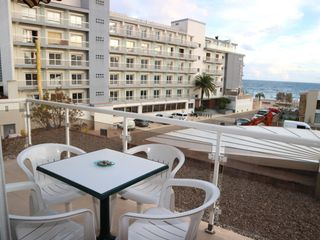 Appartement in Carrer miguel de cervantes (de), 28. Apartamento a 50m de la playa