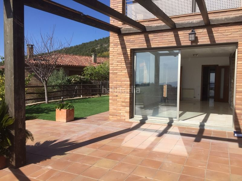 Porche. Chalet with heating parking pool in Ametlla del Vallès (L´)