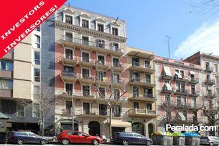 Etagenwohnung Carrer Villarroel, 104. Ausgezeichnete investitionsmöglichkeit.