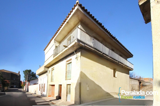 Casa a Mendizabal, 11. Completa, espaciosa, confortable