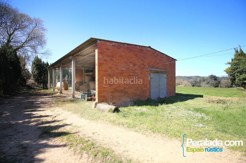 Fachada. Country house with fireplace parking in Vilademuls