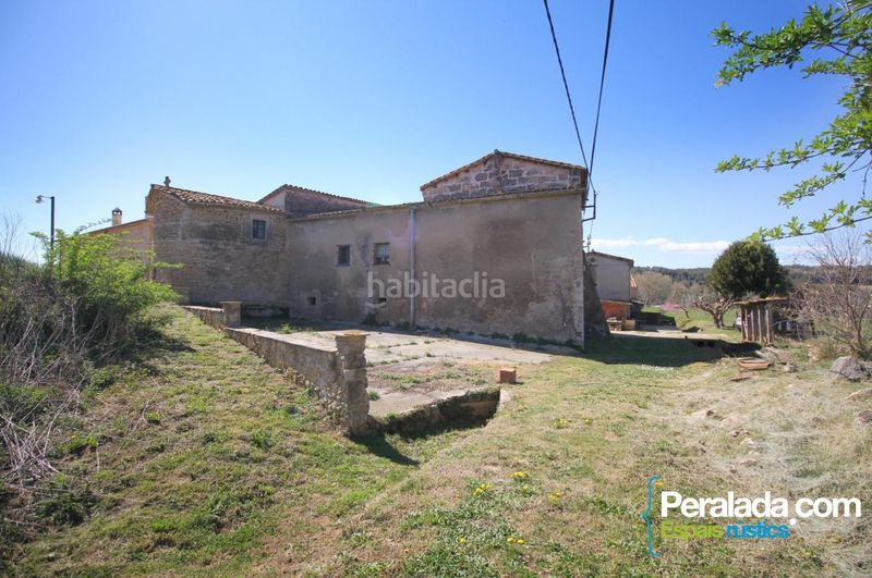 Jardín. Country house with fireplace parking in Vilademuls