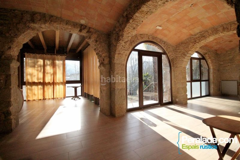 Salón. House with fireplace heating parking in Mieres