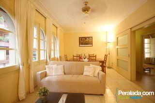 Appartamento  Pujada castell. Acogedor,agradable, confortable.