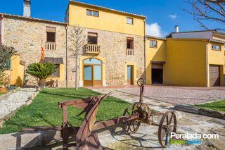 Casa  Avinguda catalunya. Calidez y tradición