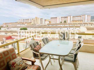 Piccolo appartamento  Avenida papa luna. Con vistas al mar y piscina
