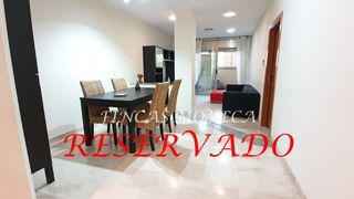 Rent Ground floor  Carrer uruguai. ´reservado´