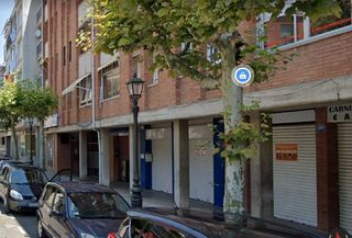 Business premise  Carrer verge del cami. Local en zona bien comunicada