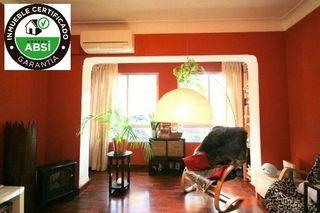 Appartamento  Benet pons i fabregues. Primer piso en palma de cuatro habitaciones con patio