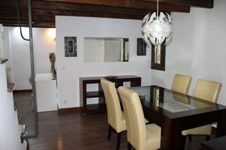 Rent Apartment  Carrer serra, de
