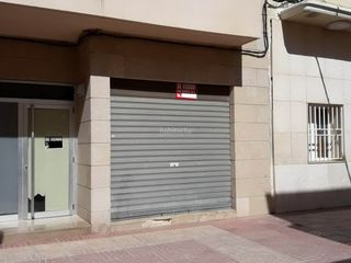 Local Comercial  Carrer enric valor. Prometedor