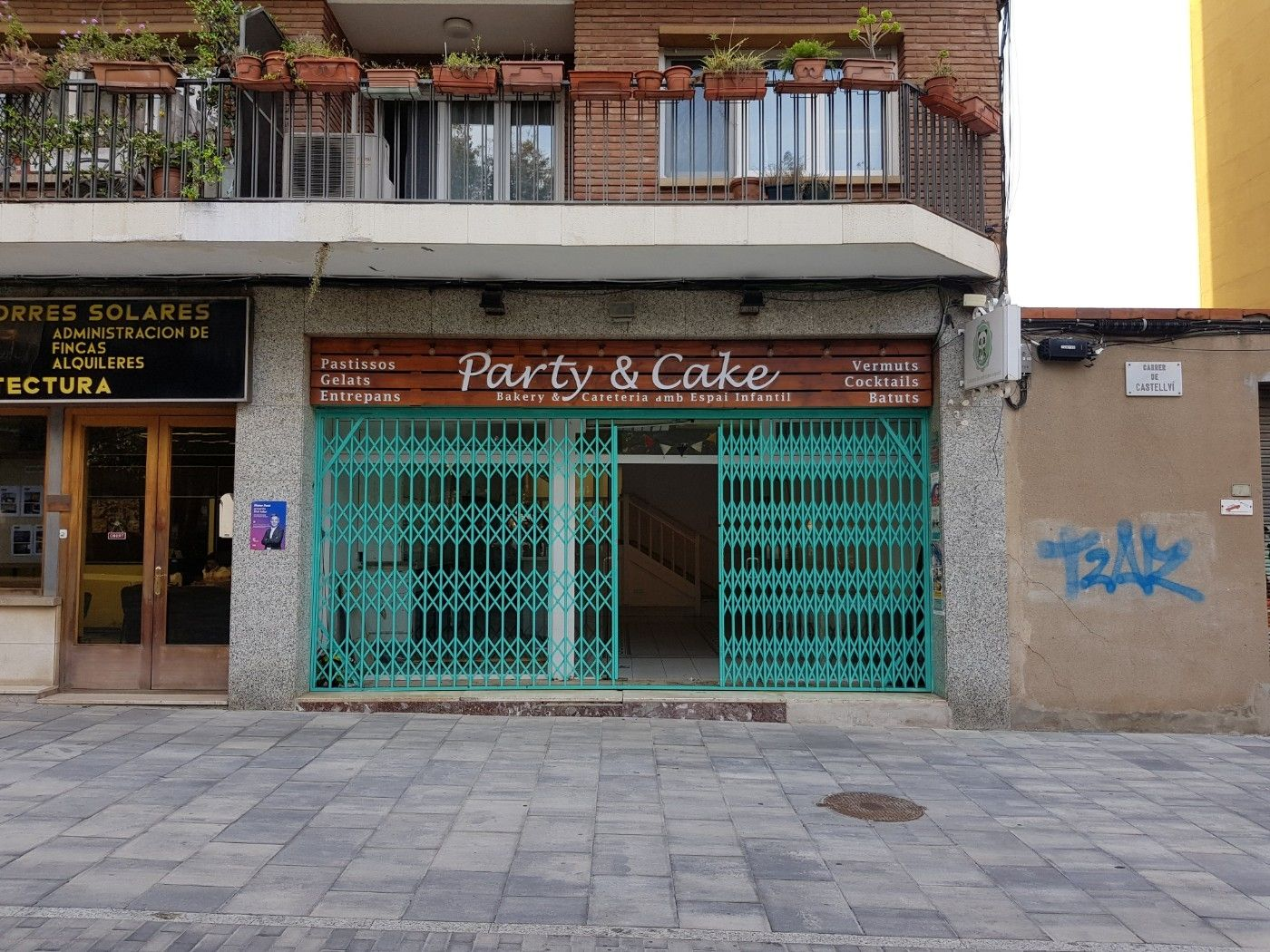 Alquiler Local Comercial en Plaça augusta, 4. Local comercial al centre