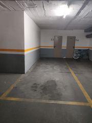 Car parking  Carrer del canal de la infanta. Parking para coche