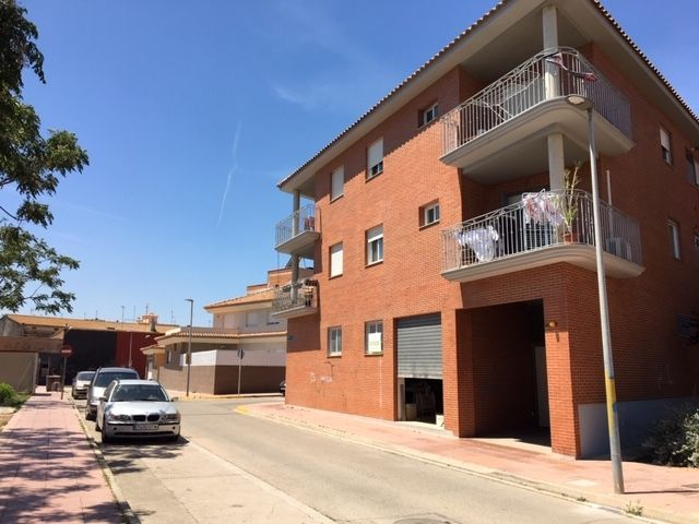 Local Comercial en Calle enric valor, 3. Local comercial en venta