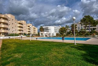 Apartment in Cala de Bou