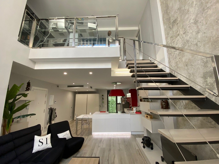 Zweistöckige Wohnung Carrer Malgrat. Duplex-appartment in verkauf in barcelona, porta nach 460000 eur