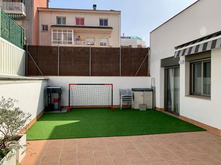 Ground floor  Carrer nou. Exclusiva con terraza a nivel